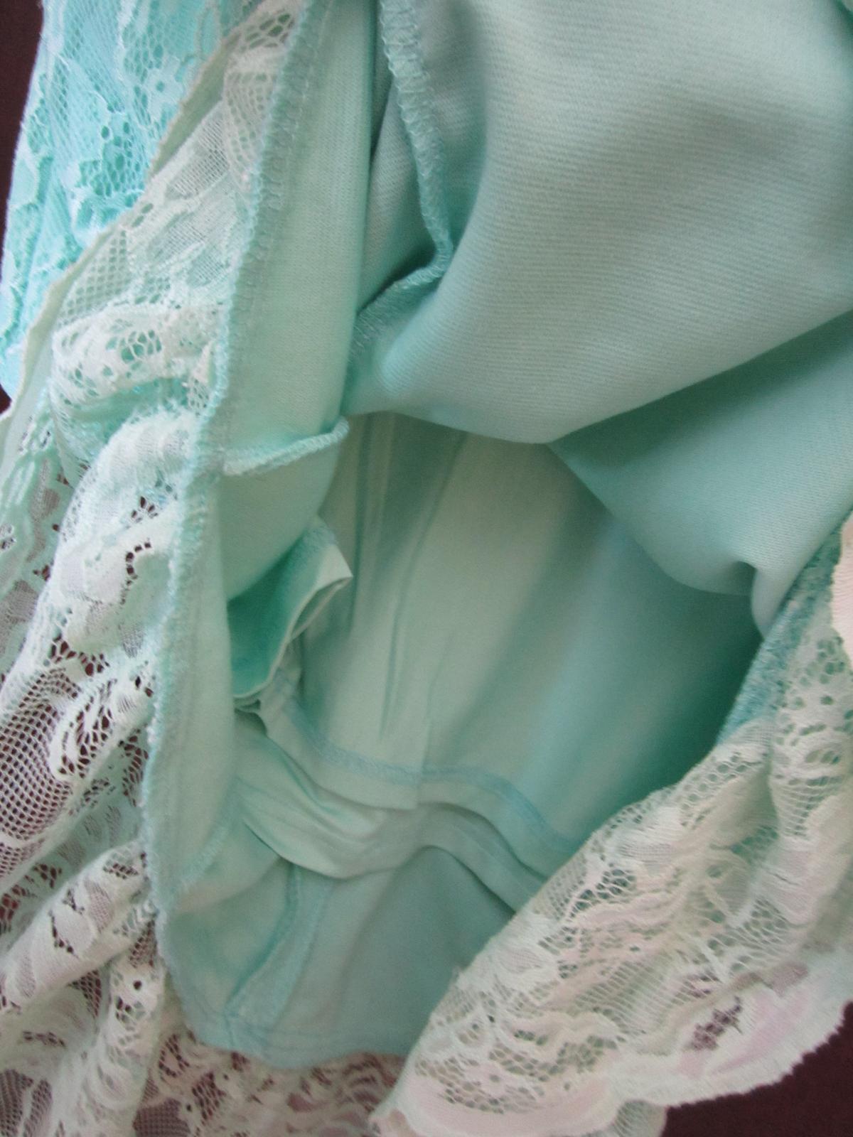 Sviatočné šaty - Obrázok č. 4
