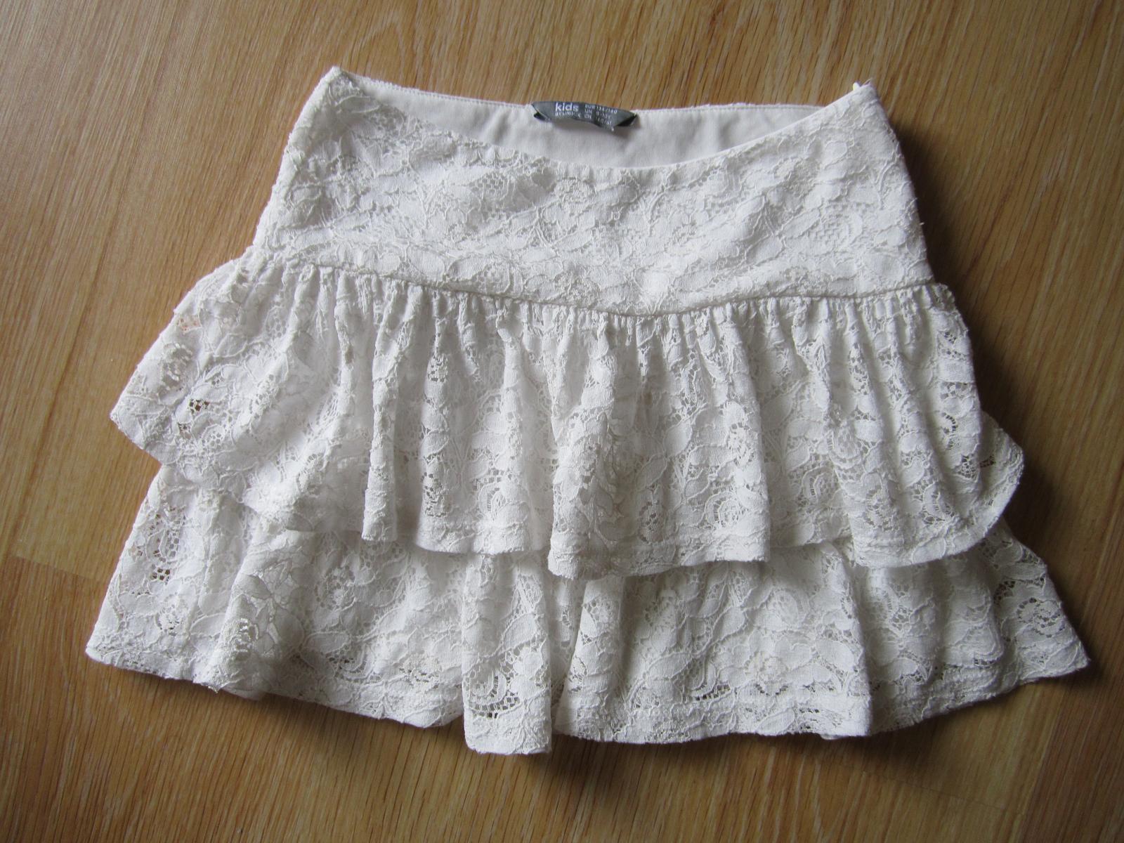 čipkovaná suknička - Obrázok č. 1