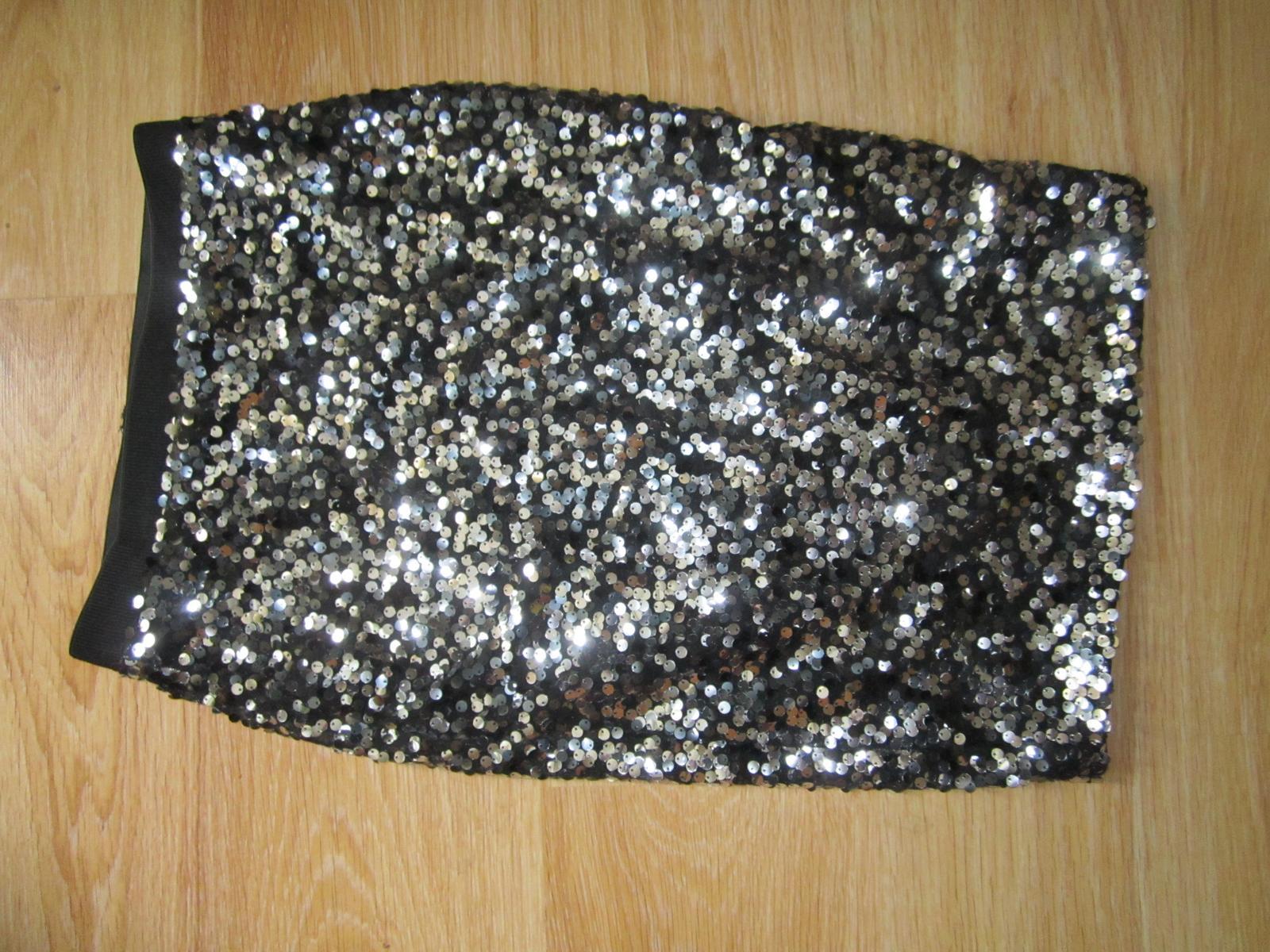 flitrová sukňa - Obrázok č. 1