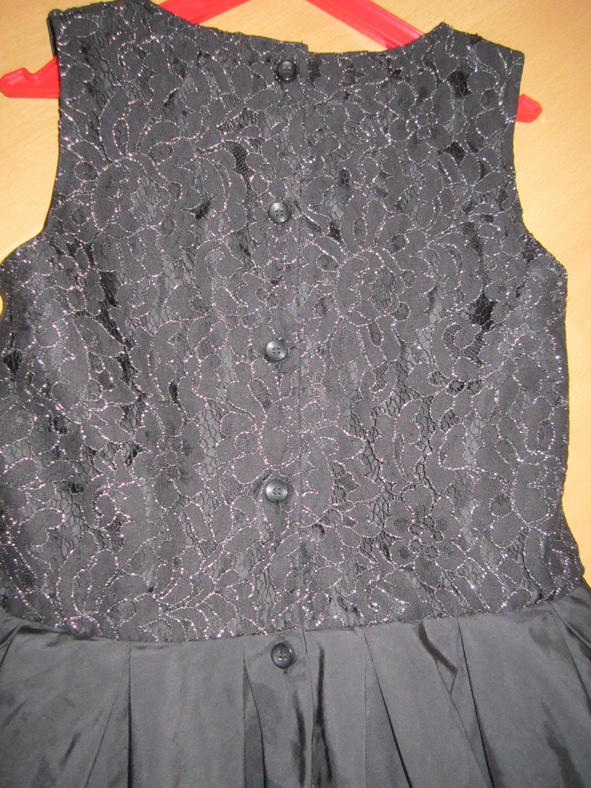 čierne sviatočné šatičky - Obrázok č. 3