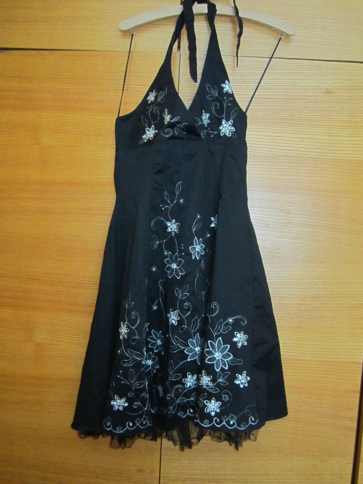 sviatočné šaty - Obrázok č. 1