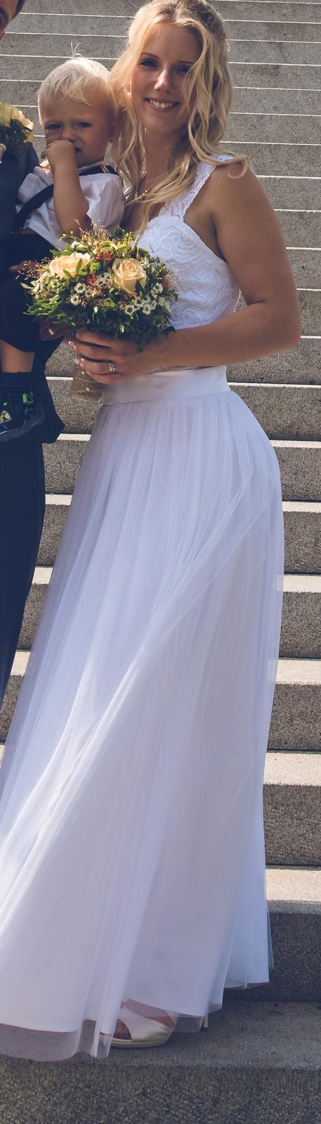 Svatební šaty šité na míru - Obrázek č. 4