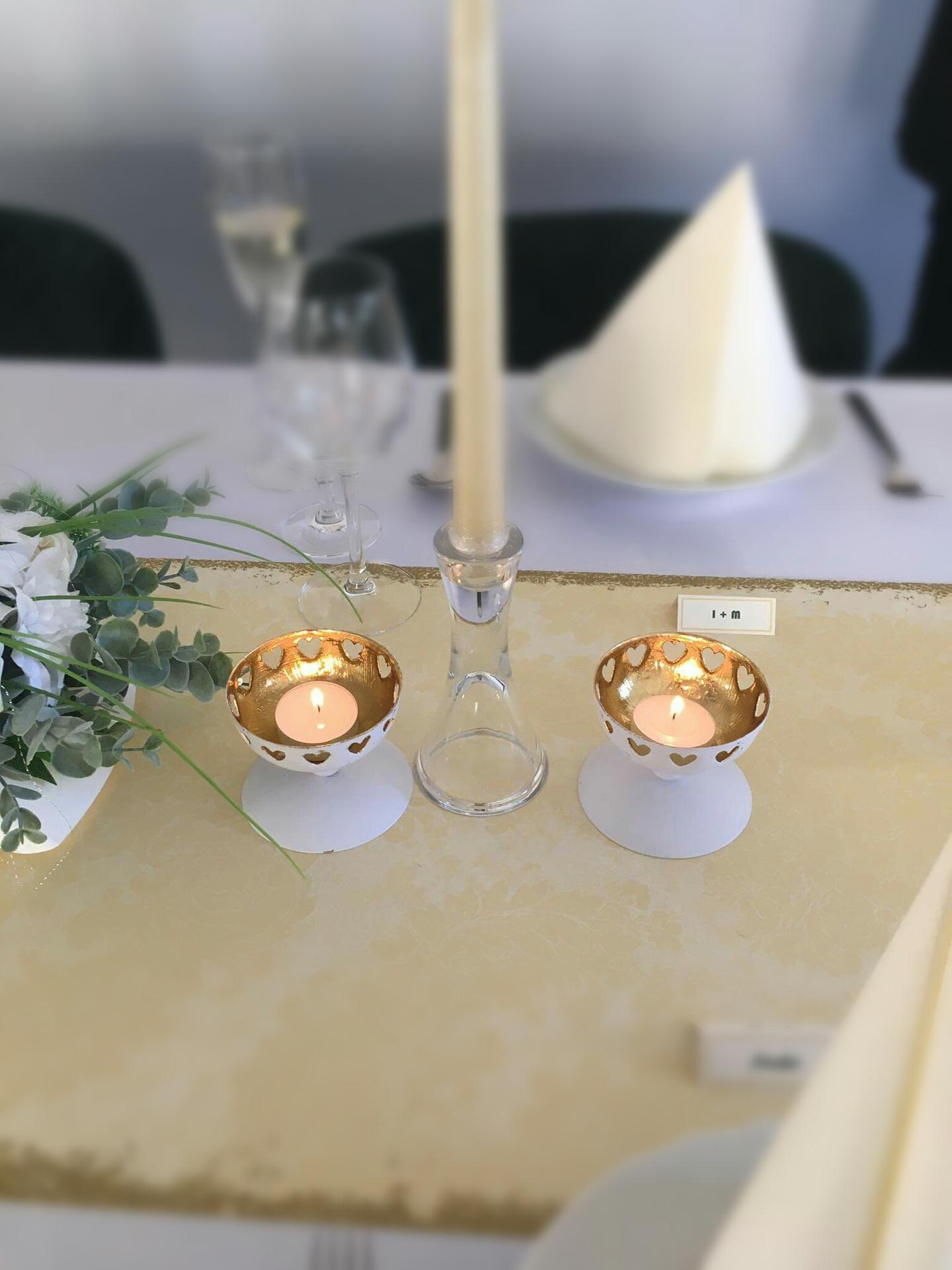 Svietniky a dekoracie na stoly