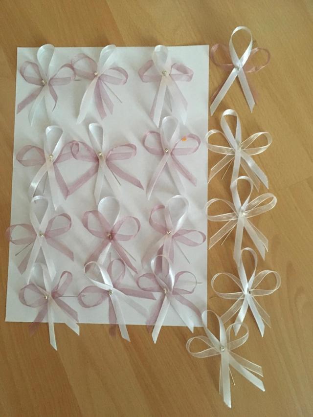 vývazky bílo - starorůžové 13 ks + bílé 4 ks - Obrázek č. 1