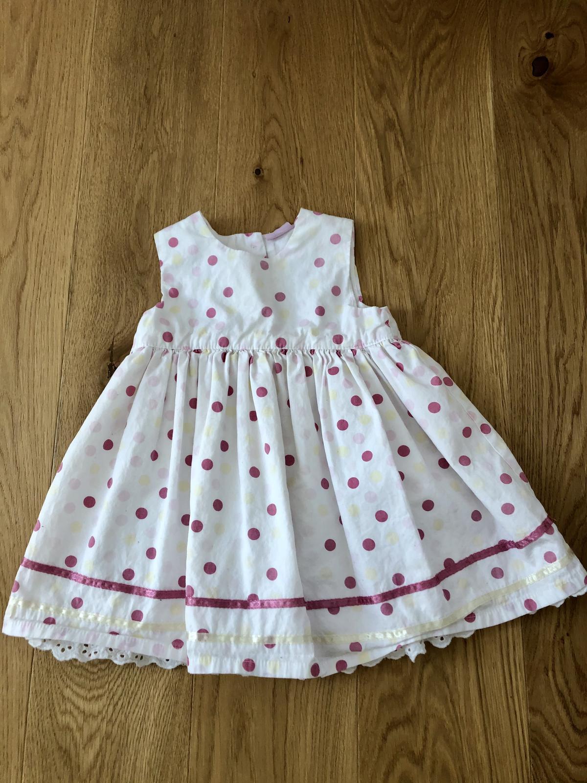 Dětské šaty - Obrázek č. 1