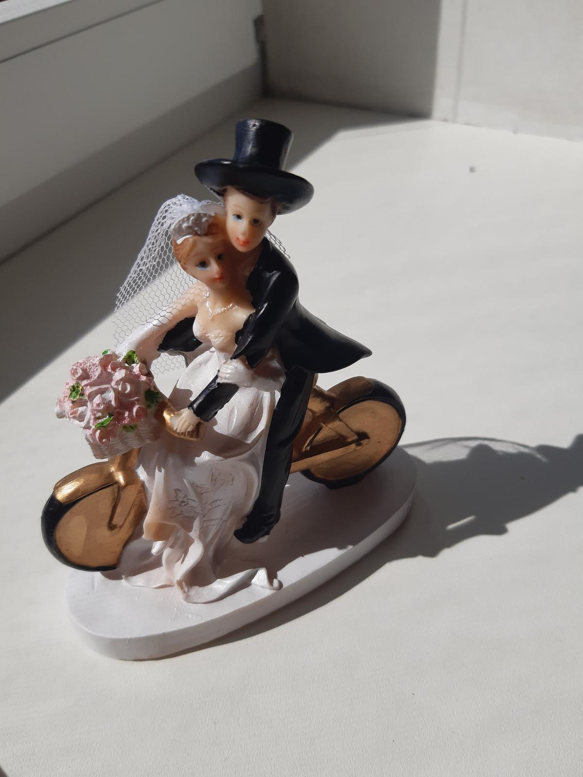 Figurky na tortu - ženích a nevesta na bicykli - Obrázok č. 1