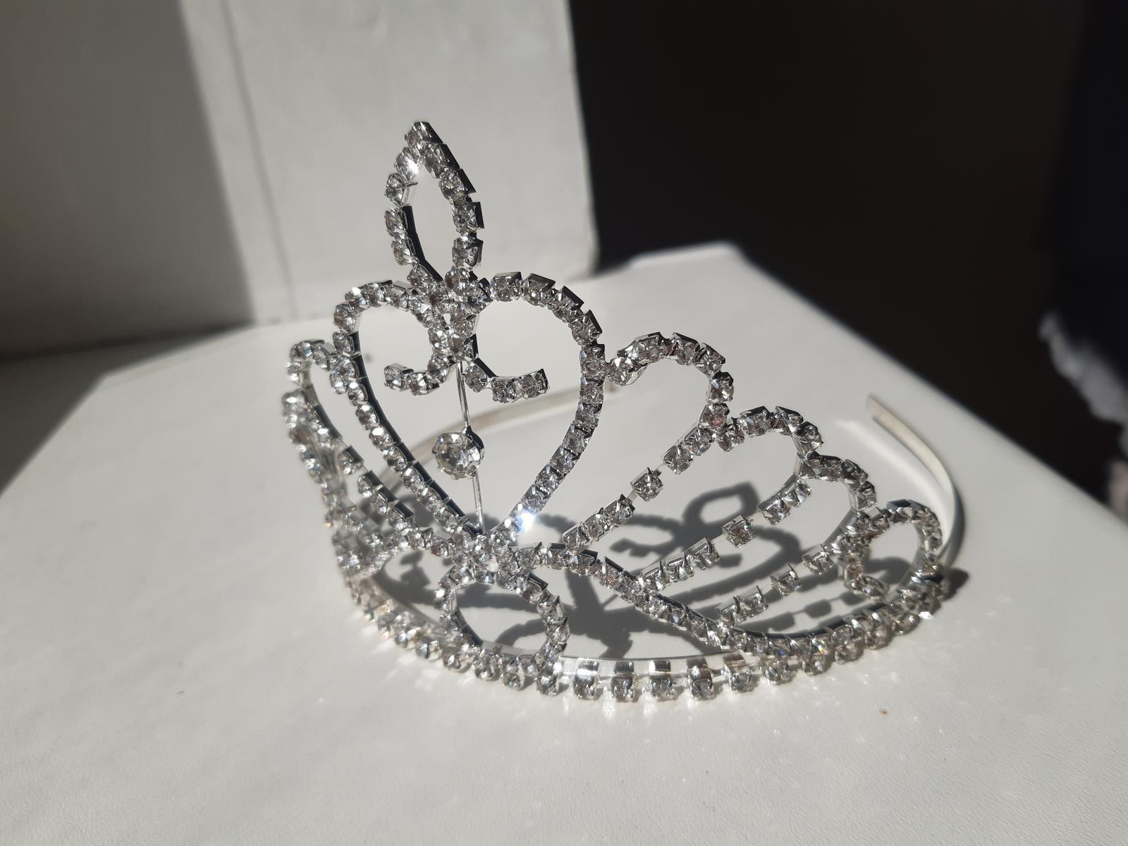 Diadem, korunka, tiara do vlasov - Obrázok č. 1