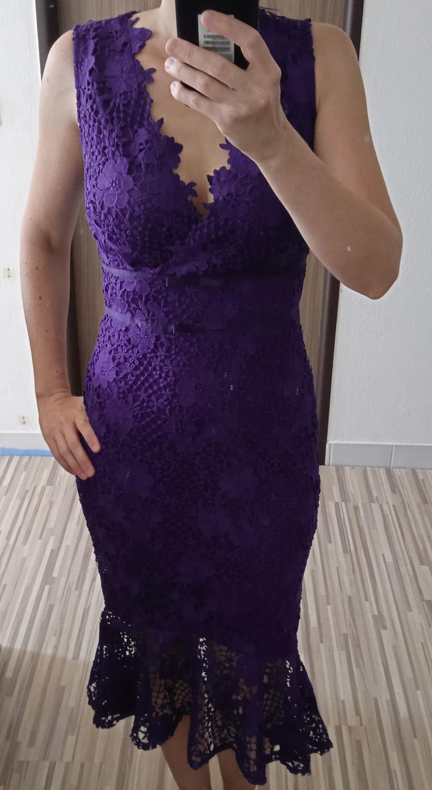 Překrásné krajkové midi šaty Lipsy - Obrázek č. 1