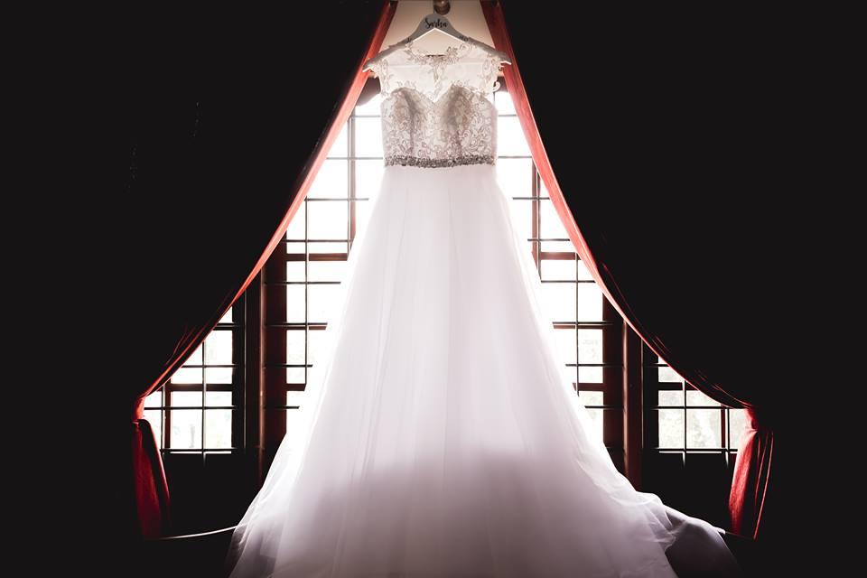 Svatební šaty ke šťastnému manželství, vel. 36/38 - Obrázek č. 1