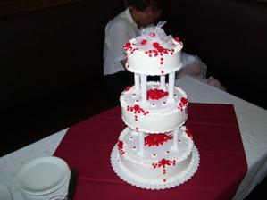 Krásný svatební dort...