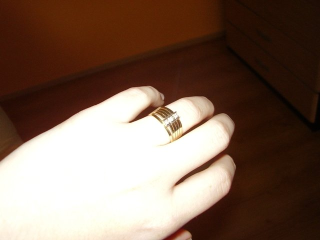 24.4.2010 čoskoro... - snúbačik som dostala 12. apríla 2009