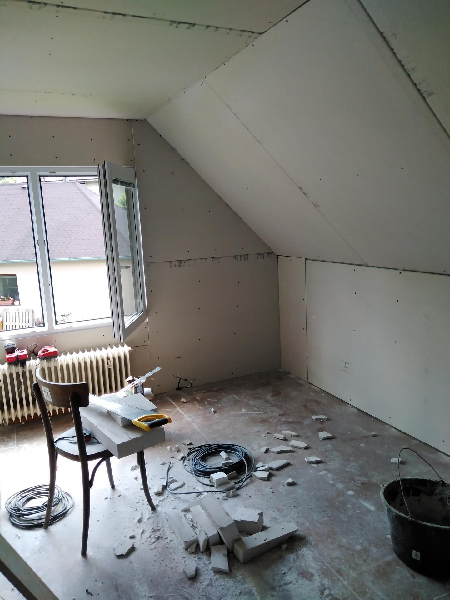 Rekonstrukce starouše - Naše budoucí ložnice