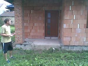 Máme dveře :-)
