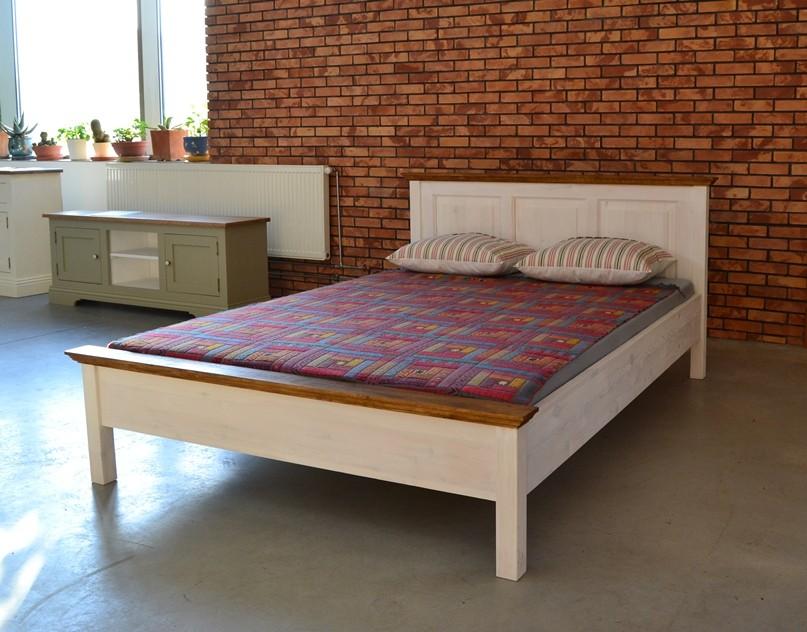 Spálňa- nápady - podla tejto postele sme si dali vyrobit nasu, len celo bude rebrikove, nie plne