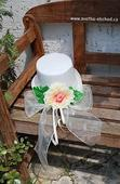 Šampáň růže a stuha na filcovém cylindru ,