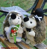 Novomanželé ježečkové ,