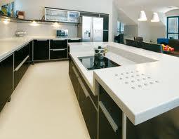 Moje představa o kuchyni - Šikovně vyřešená deska na ostrůvku:-)