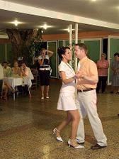 popolnočný tanec...