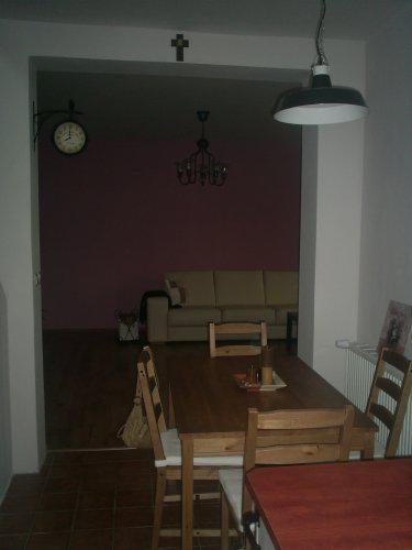 Rekonstrukce vily vilekuly:-) - pohled z kuchyně do obýváku