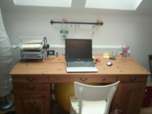 Rekonstrukce vily vilekuly:-) - psací stůl