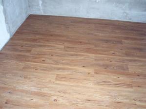 20.5.2010 podlaha v kuchyni, bude v celém bytě