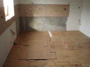 20.5.2010 zakryto, aby se nová podlaha nezničila
