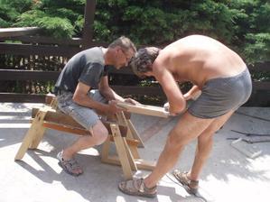 7/2010 díky preciznímu projektu od Aska( byli si kuchyň i zaměřit na místě) musíme upravovat nejen digestoř