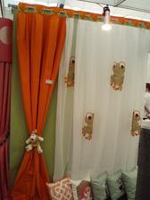 14.2.2010 výstava Praha od stejné firmy závěs.