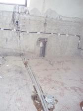 8.3.2010 prádelna ve sklepě, nový odpad, voda a elektřina