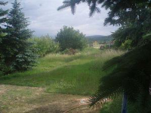 Zahrada 1090m2.