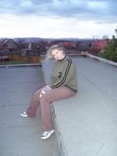 27.3.2010 na naší střeše, unavená, ale spokojená