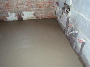 26.3.2010 vylitá podlaha v koupelně