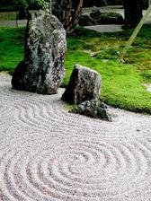 Akoby sa tie kamene rozprávali.
