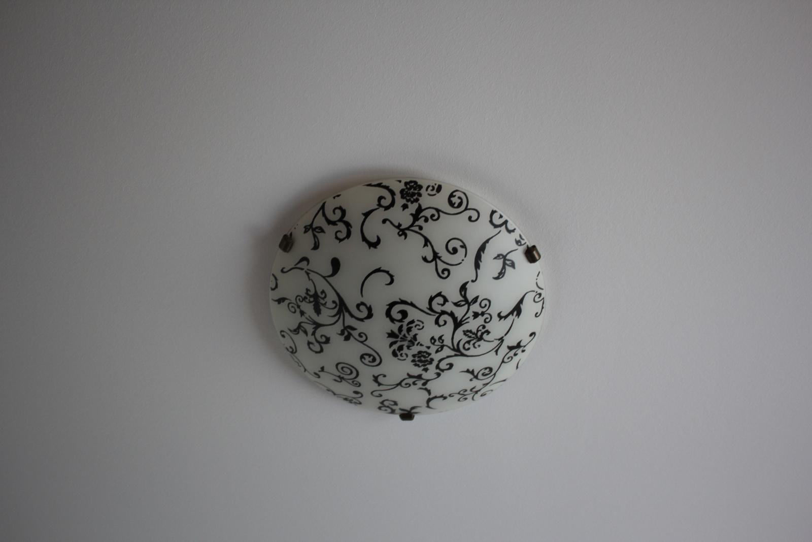 Okrúhle ornamentové svetlo na 2 žiarovky - Obrázok č. 2
