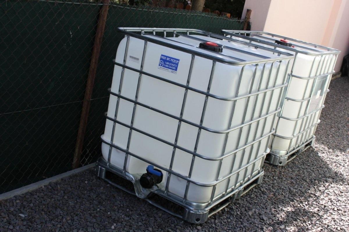 1000 l plastová nádrž - Obrázok č. 1
