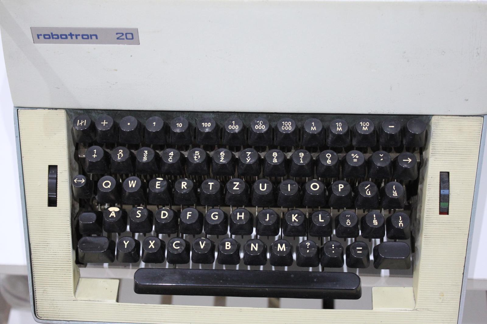 Písací stroj ROBOTRON 20 - Obrázok č. 3
