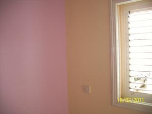 stena vpravo je bezova, fotka skresluje