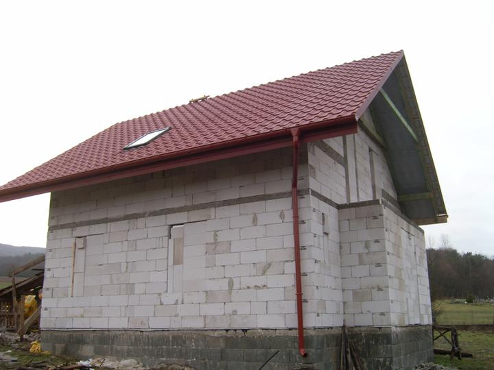 Nas domcek :) - strecha hotova