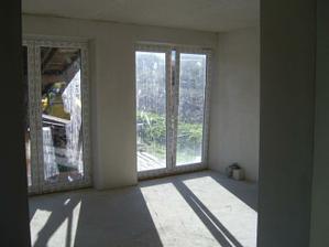 okna mali byt rohove