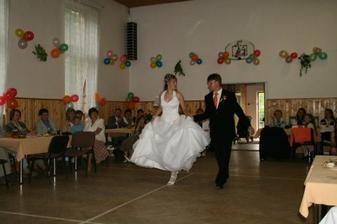 Druhý novomanželský tanec - country rufus
