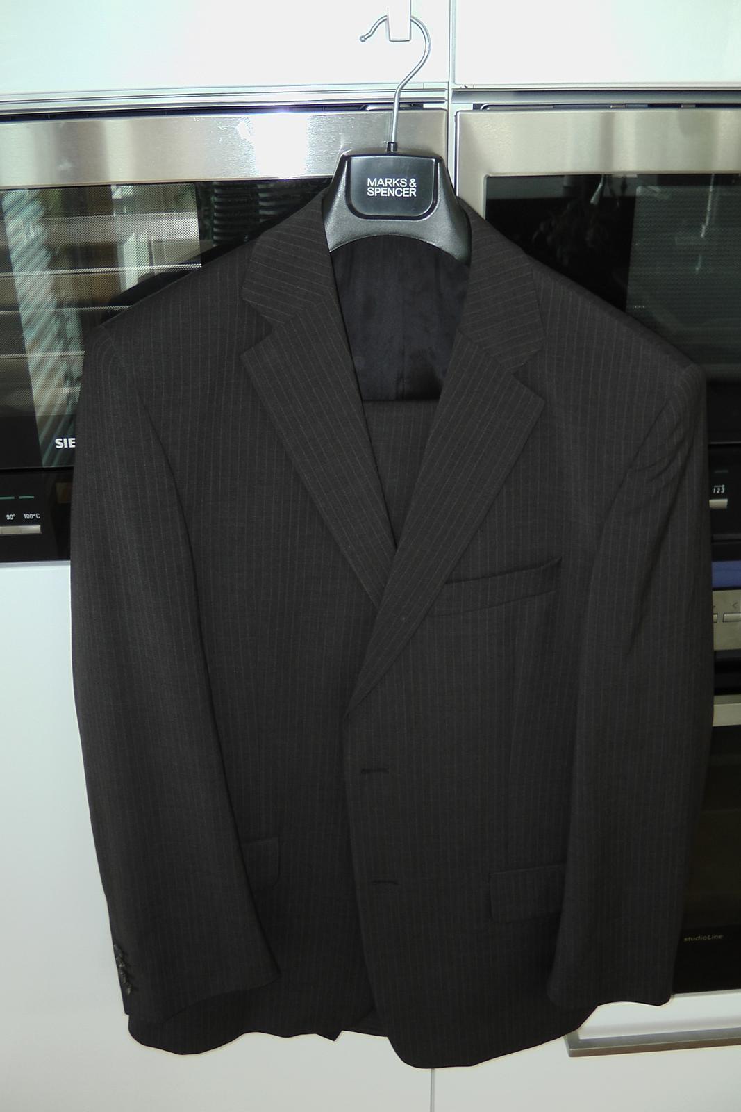 Pánský oblek Bažek - Obrázek č. 1