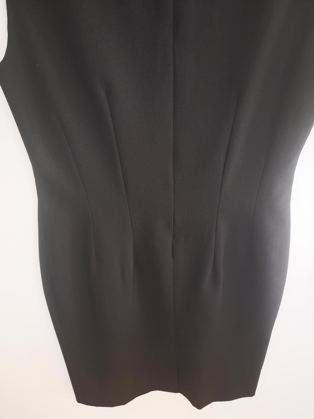 černé šaty - Obrázek č. 1