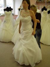 prvé šaty zo salonu Gabrielle
