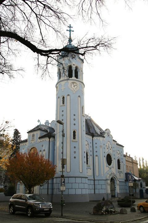 Evka{{_AND_}}Viktor - Modrý kostolík