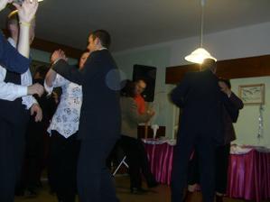 a tančilo se téměř celý večer