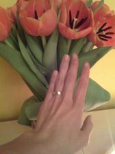 konecne jsem se dockala-14.2.2008. a od druheho dne zacinaji pripravy na svatbu:)))
