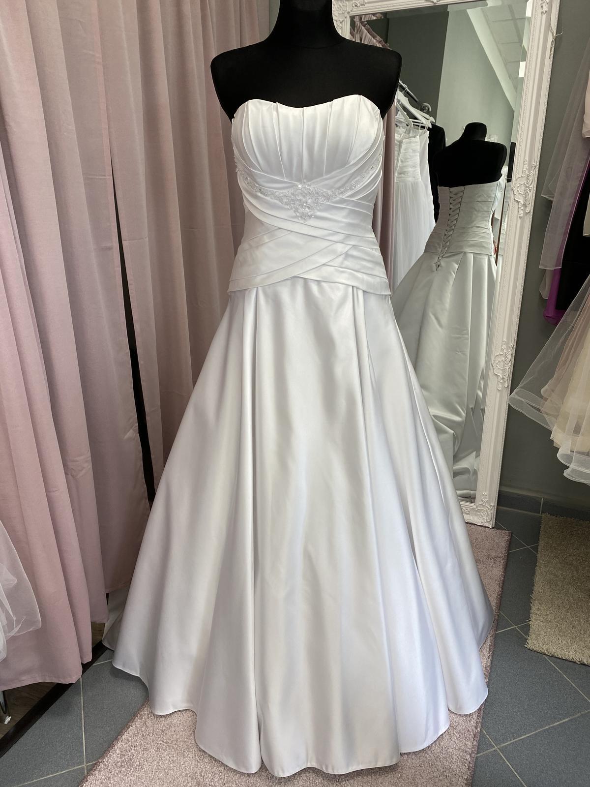 Biele saténové šaty - Obrázok č. 1