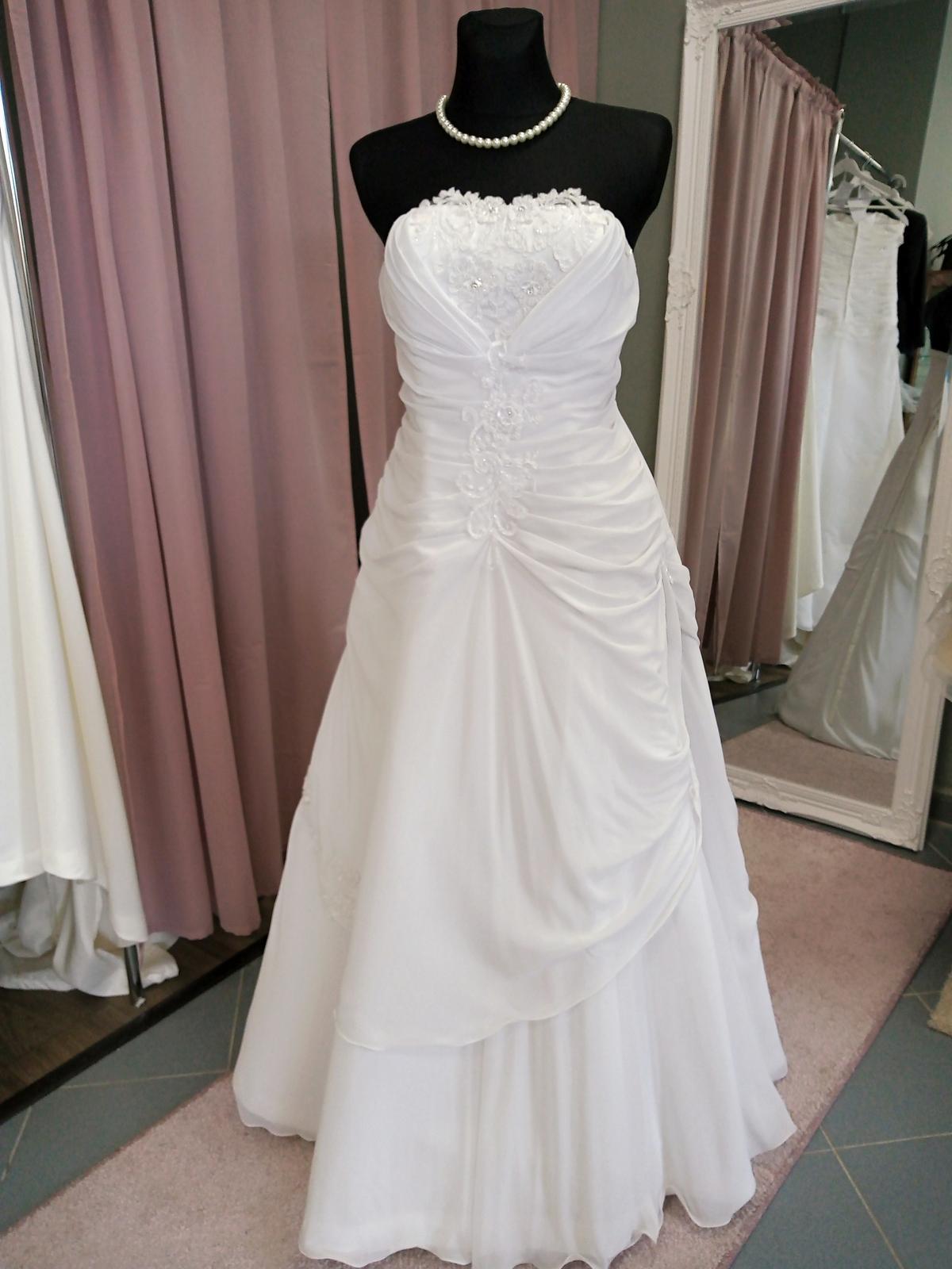Šifonove svadobné šaty - Obrázok č. 1