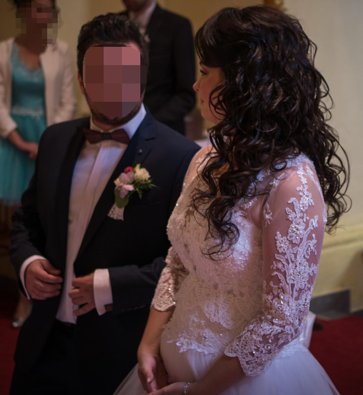Svadobné šaty s čipkovaným bolerkom - Obrázok č. 4