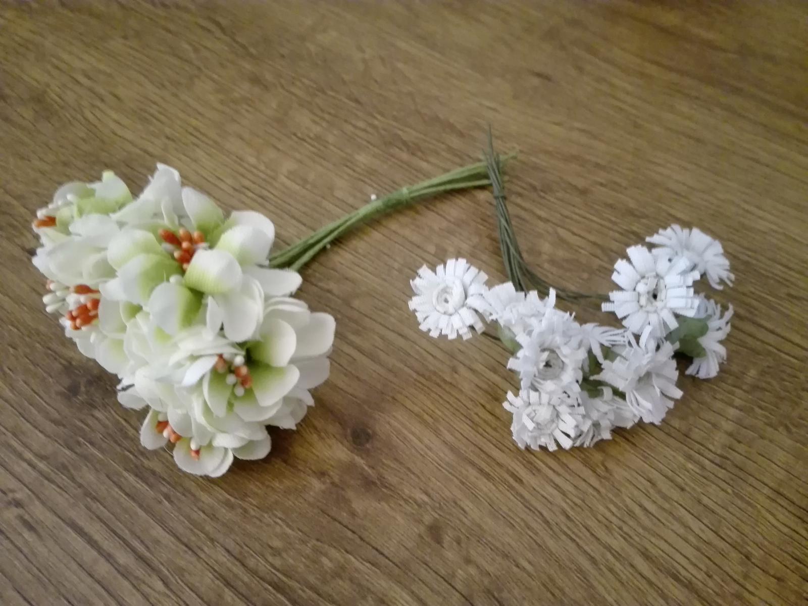 Kvety na drôtiku vhodné na výzdobu - Obrázok č. 1